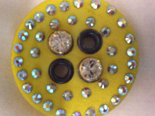 Eyelets and buttons