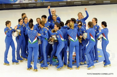 Italian skating team costumes